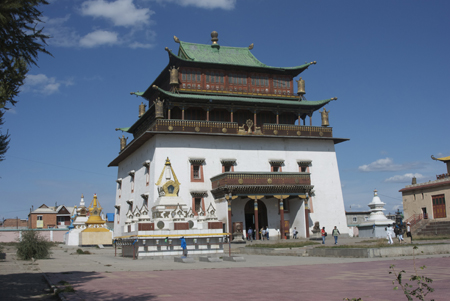 Main temple, Gandan Monastery