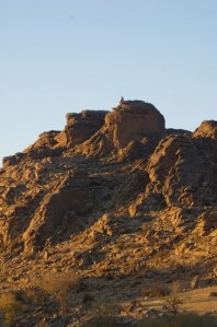 ikh-nartiin-chuluu-sunrise-rocks