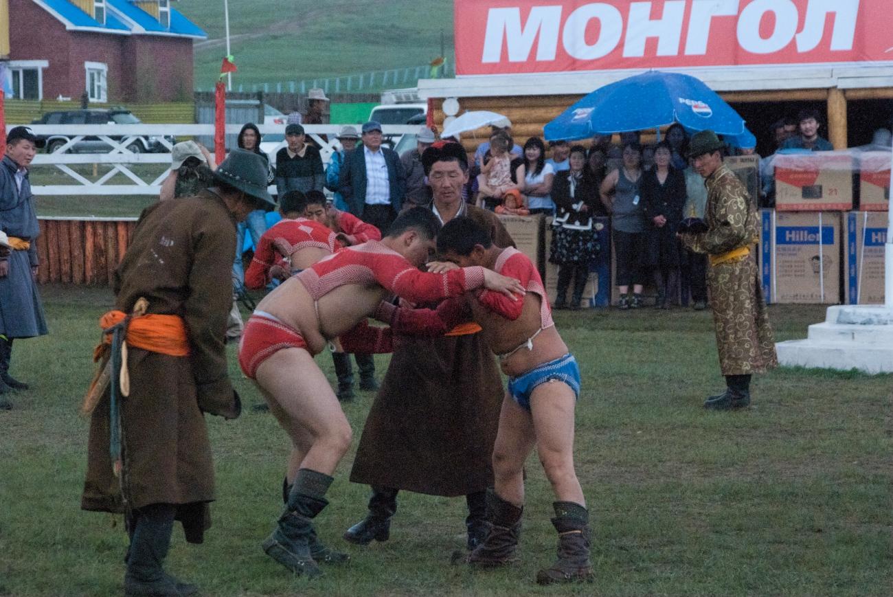 Mongol wrestling