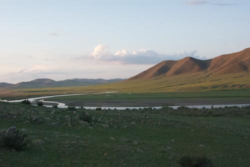 Kherlen Gul and east slope of Baits Uul, morning light, Gun-Galuut Nature Reserve