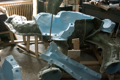 The mold for casting the camels' bodies