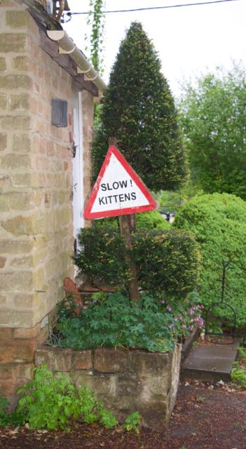Road sign, Great Tew