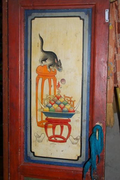Door panel painting at the interior entrance to the old temple. Also a favorite.