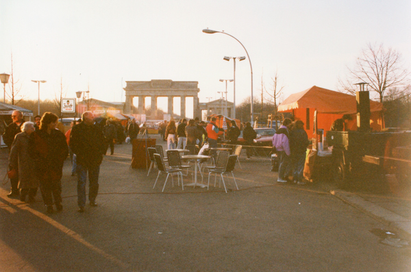 Impromptu street cafe with the Brandenburg Gate in the background.