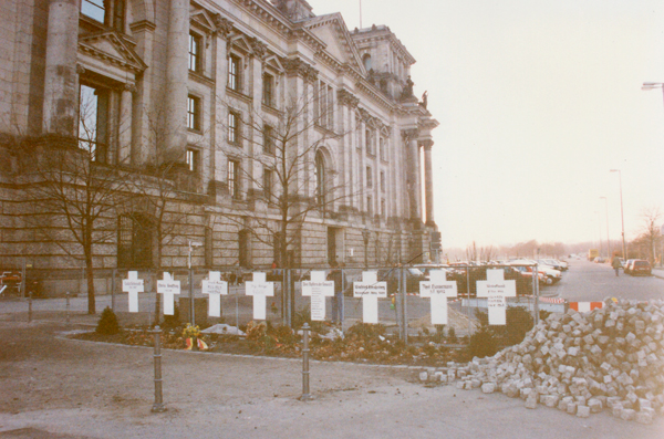 Memorial between the Reichstag and the river for those who died trying to get to freedom there.