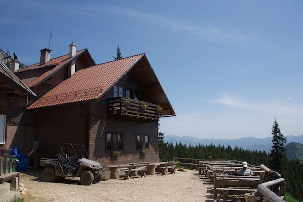 22 Alpine Hut