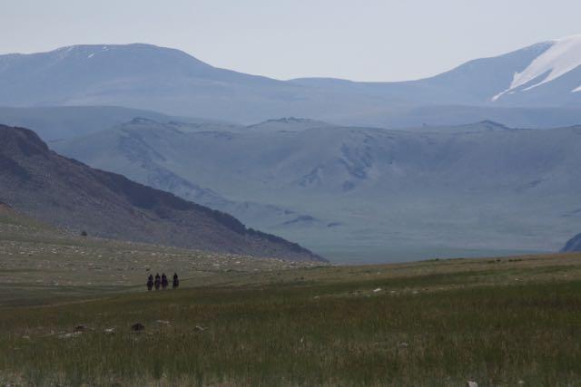 Hokh Serkiin Nuruu and Kazakh horsemen