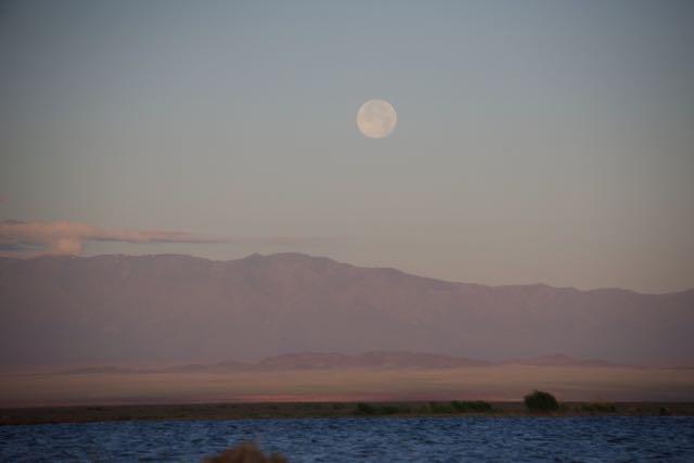 Khur Nuur moonrise over Jargalant Hairhan Uul