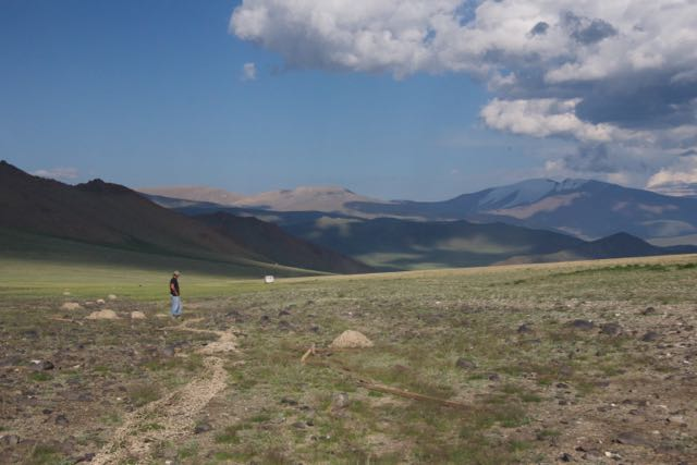 Hokh Serkiin Nuruu Nature Reserve; argali capture site with nets