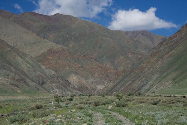 13. valley entrance