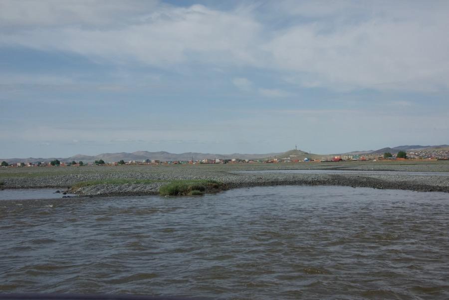 33-river-bayanhongor