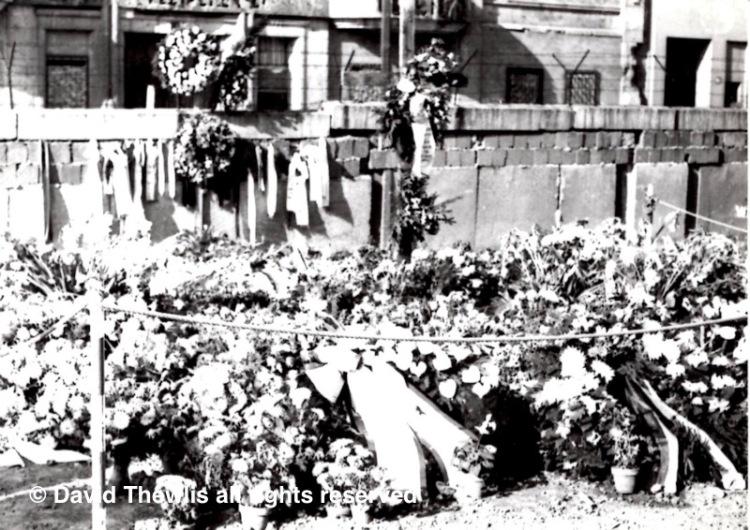 tribute-flowers